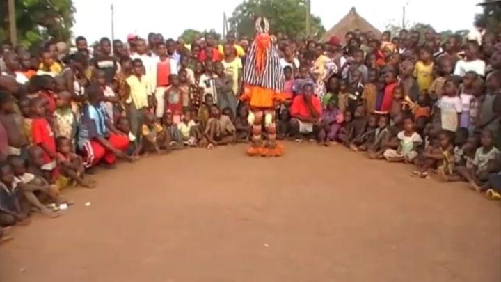 Забавный африканский танец (10.619 MB)