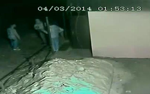 Гопник ударил охранника за отказ пустить в клуб (1.924 MB)