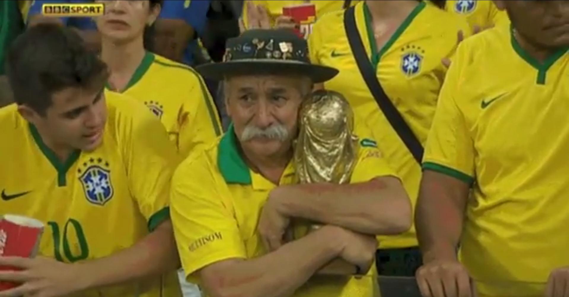 Самый грустный болельщик Бразилии (1.369 MB)