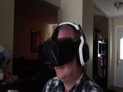 Реакция на шлем виртуальной реальности (6.252 MB)