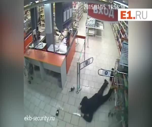 Неудачная кража в магазине (1.221 MB)