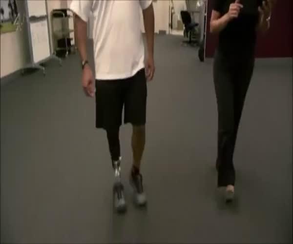 Современный протез ноги (6.731 MB)