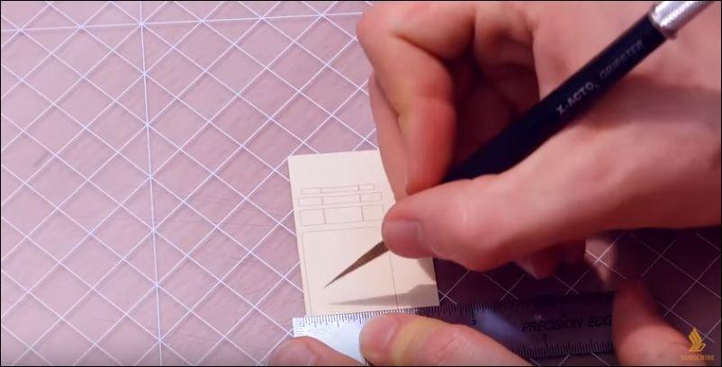 Самолетик из бумаги от дизайнера Луку Якони-Стюарт (9.271 MB)
