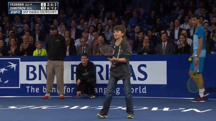 Мальчик обыграл Роджера Федерера (12.090 MB)