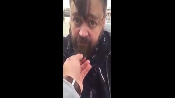 Веселый парень ищет бороды (7.427 MB)