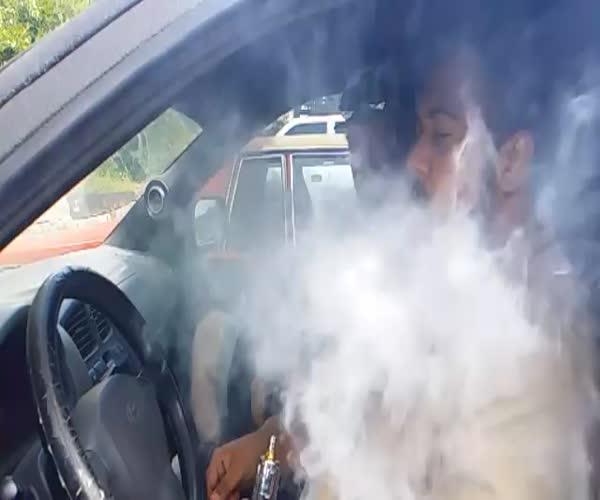 Дым и мощная акустика (8.330 MB)