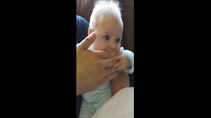 Папа прикалывается над ребенком (4.274 MB)