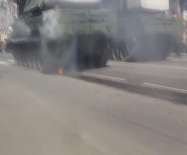 Пожар во время парада в Чите (2.049 MB)