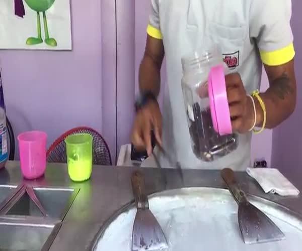 Аппетитное мороженое от таиландского повара (13.158 MB)