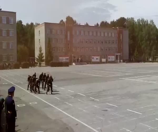 Африканские курсанты в Новосибирске (4.132 MB)
