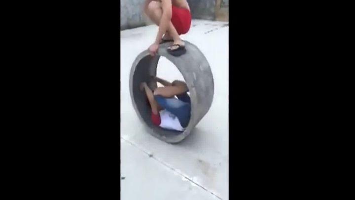 Не стоит кататься в бетонном кольце (1.272 MB)