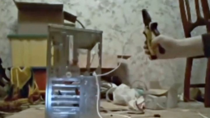 Паренек показал как собрать сварочный аппарат дома (2.626 MB)
