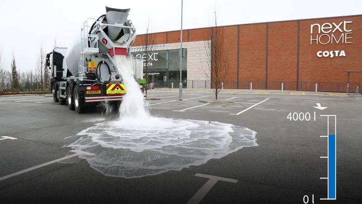 Новое дорожное покрытие умеет поглощать воду (15.441 MB)