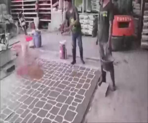 Как из бетона сделать красивый тротуар (4.087 MB)