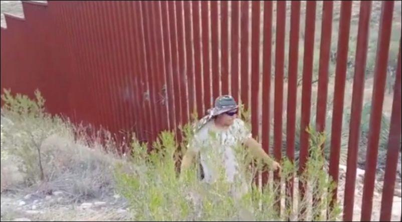 О сложности пересечения границы между США и Мексикой
