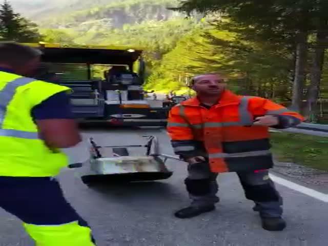 Как развлекаются дорожные рабочие в Германии