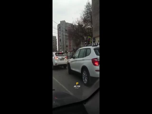 Не самый удачный старт со светофора