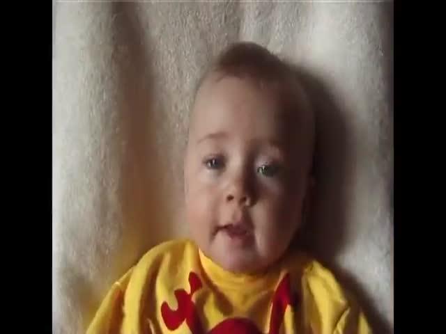 Папа сделал дочери 5-минутное видео от рождения до 18 лет