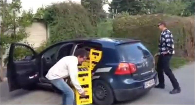 50 ящиков пива в небольшом автомобиле