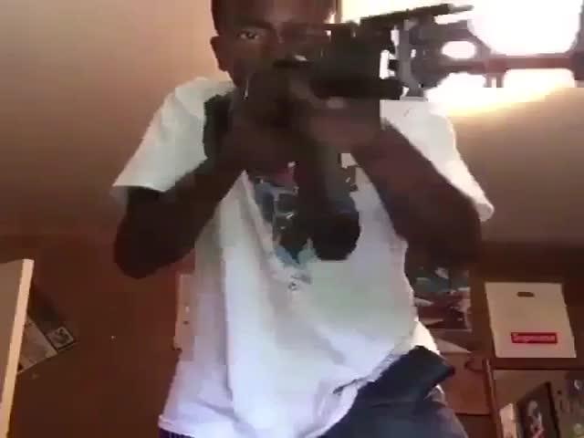 Не стоит давать в руки оружие кому попало