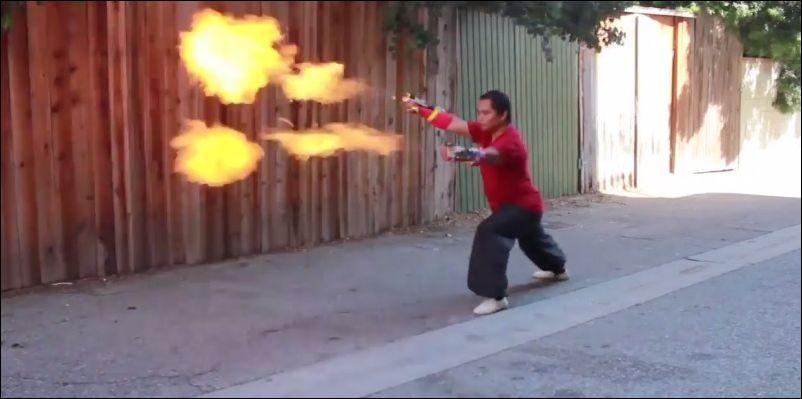 Человек-огнемет