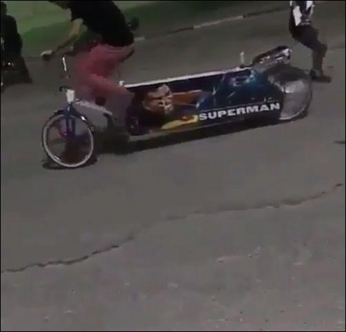 Необычный дрифт на велосипеде