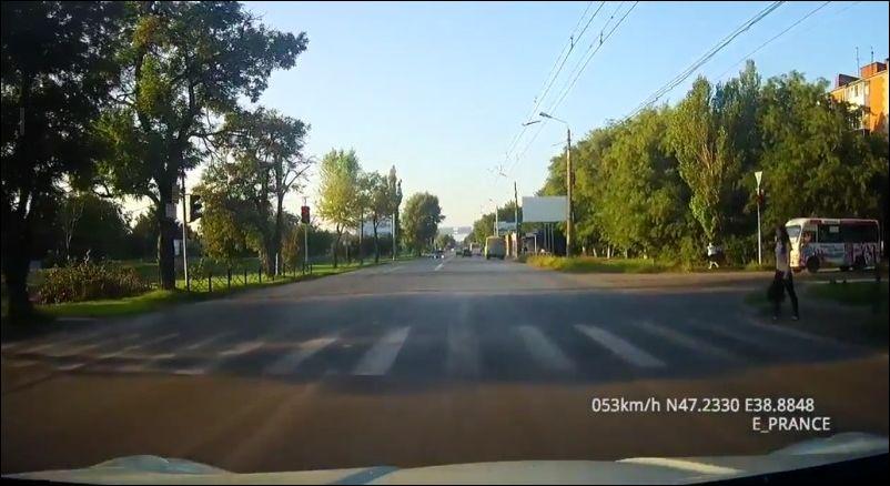 Не остановился на светофоре и попал в аварию