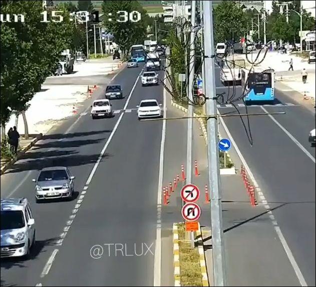 Законопослушные водители где-то в Турции