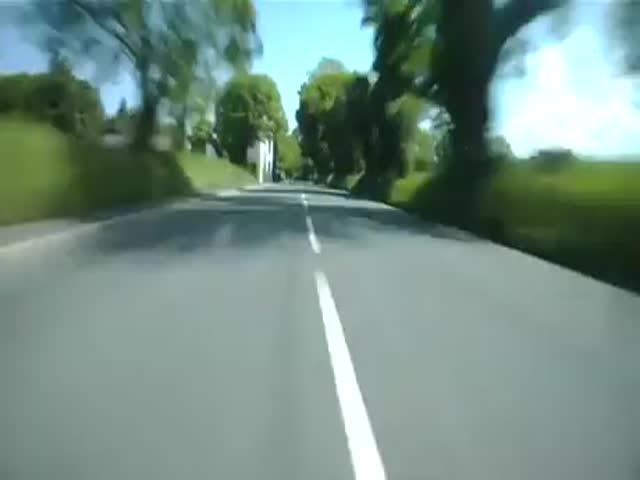 Что видит мотоциклист на скорости свыше 300 километров в час