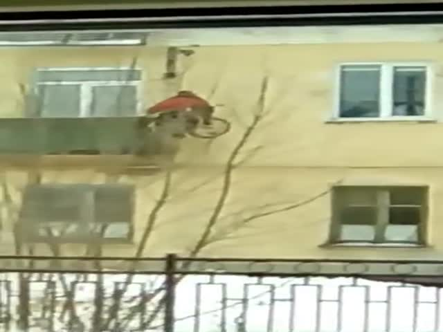 В Пензе инвалид не дождался помощи властей и сам соорудил себе подъемник