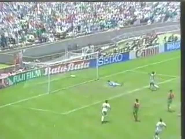 Гол Мануэля Негрете признан самым красивым в истории Чемпионатов Мира