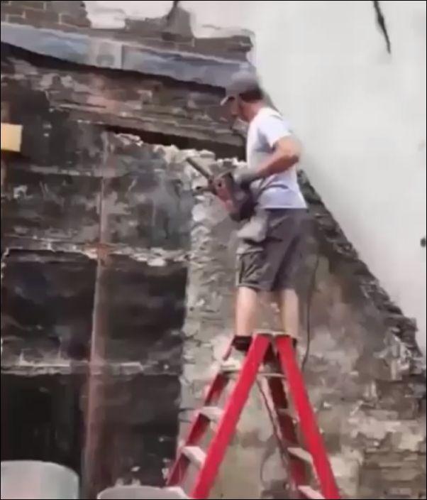 Когда только начал работать строителем