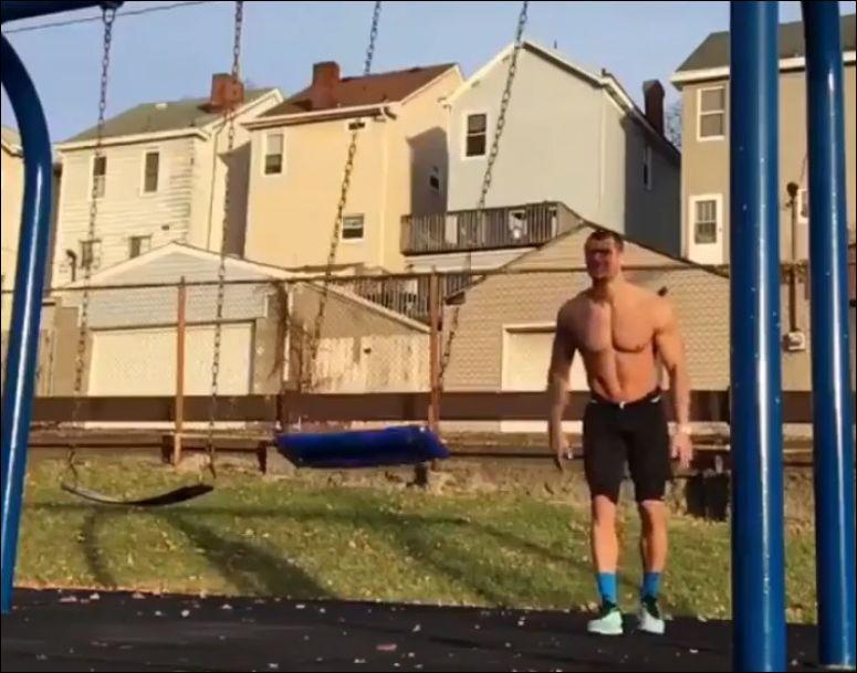 Не самая удачная попытка повторить спортивное упражнение