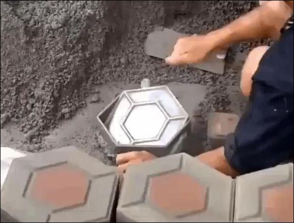 Как делают фигурную тротуарную плитку
