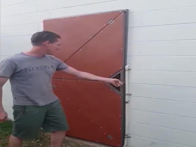 Дверь,