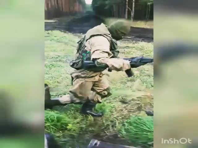 Kiki challenge во время военных учений