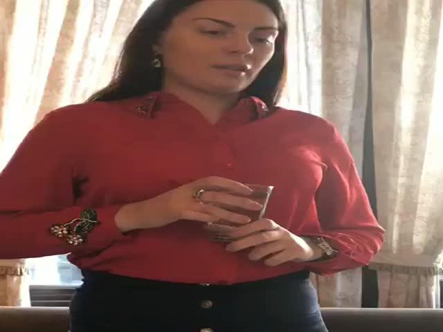 Девушка-помощник
