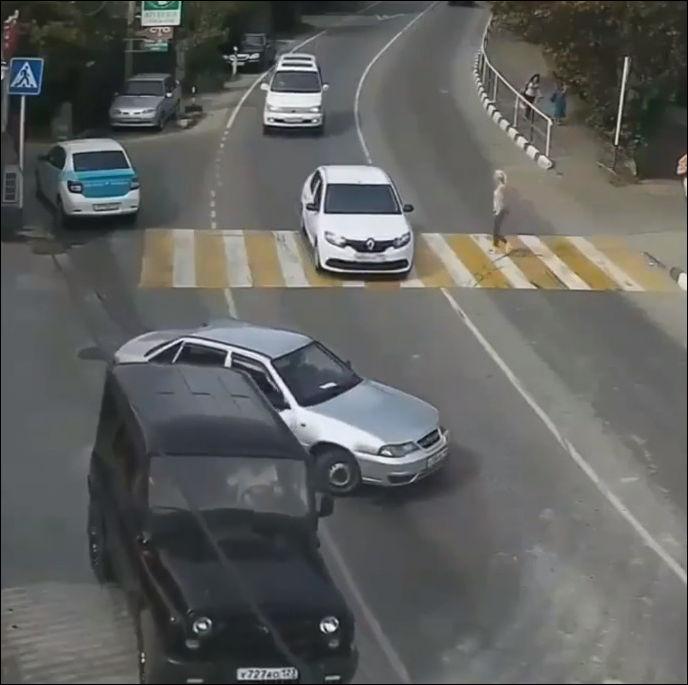 Водитель,
