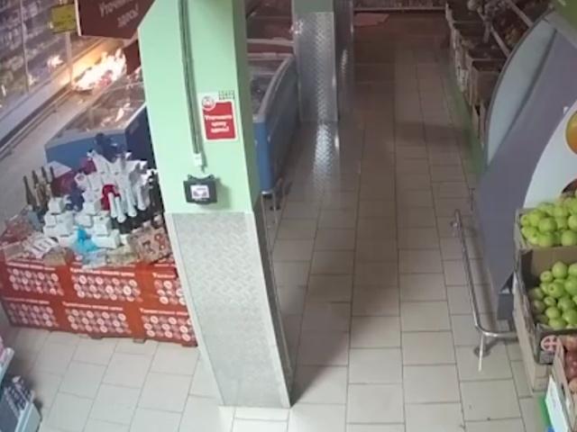 В Первоуральске 33-летний мужчина поджог магазин Пятерочка