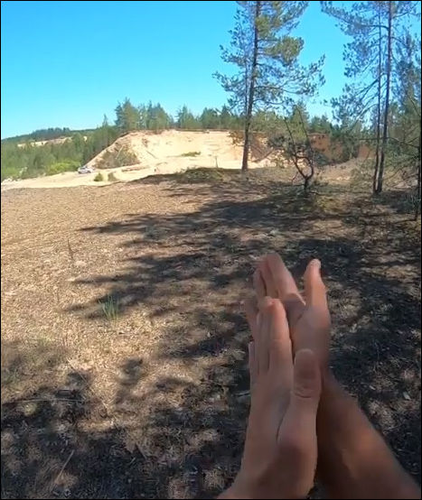 Двойное сальто с разбега через препятствия