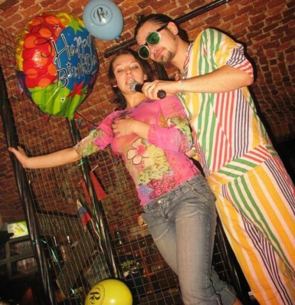 Конкурсы с раздеванием в ночном клубе фото ночных клубов в саратове