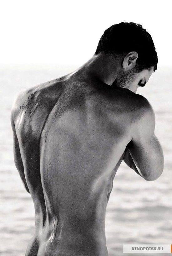диагностика приводит фото спины красивого мужчины часто переводили