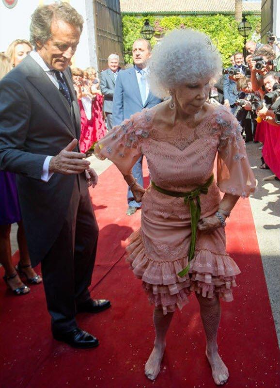 Испанская герцогиня в 85 вышла замуж (17 фото + текст)