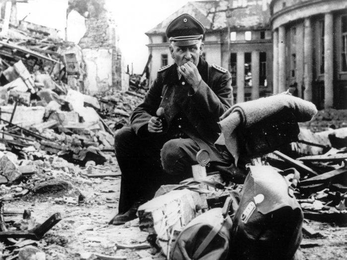 Последние месяцы нацисткой Германии (20 фото + текст)