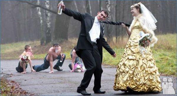 Необычные свадебные снимки (58 фото)