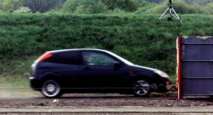 Краш-тест на высокой скорости (5 фото + видео)