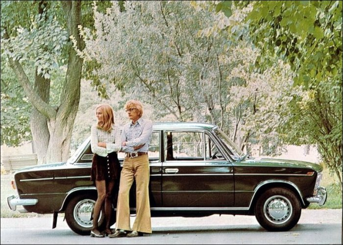 Реклама автомобилей в СССР (19 фото)