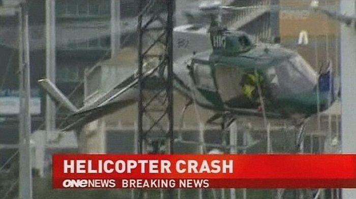 Крушение вертолета (7 фото)