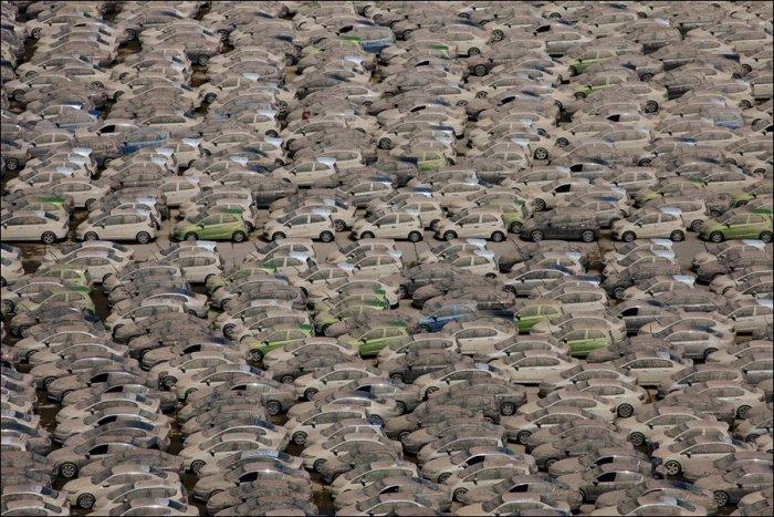 Уничтожение затопленных Хонд (7 фото)