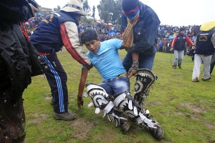 Бойцовский клуб в Перу (19 фото)